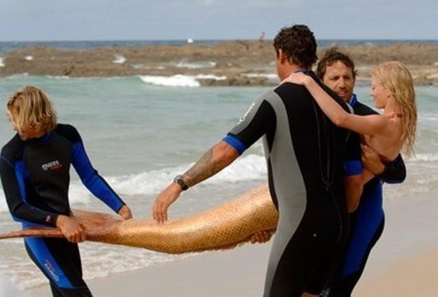 h2o_5_Актрис до воды несло несколько человек, хвост очень тяжелый!