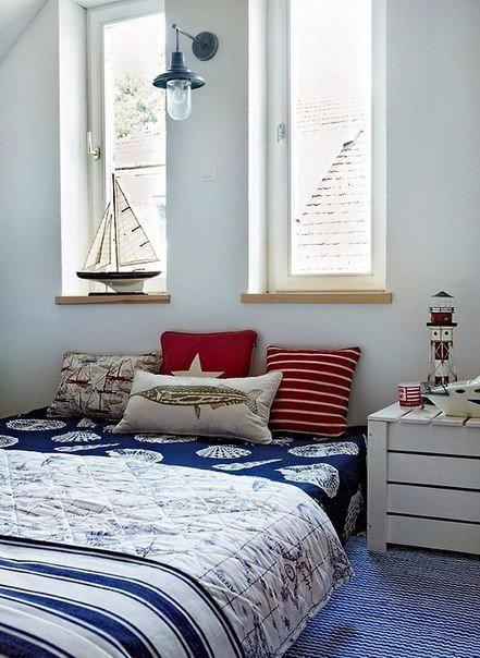 Образ русалки поможет создать своя комната, оформленная в морском стиле