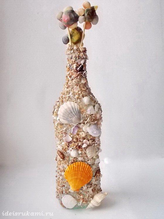 Бутылка из ракушек