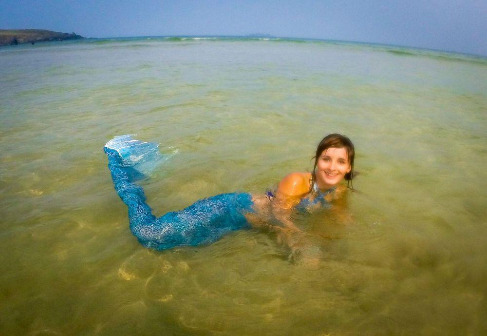 Эмили также любит море и всех морских обитателей