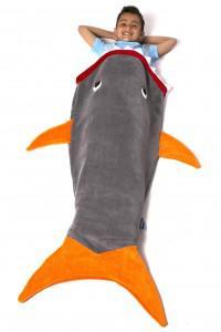 плед в виде акулы