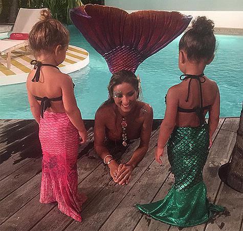 Дети Ким Кардашьян обожают русалок