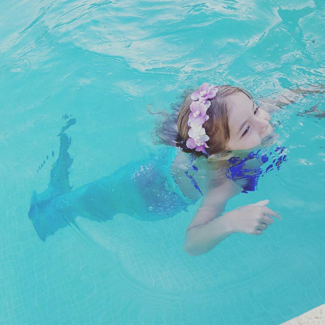 как плавать в хвосте русалки